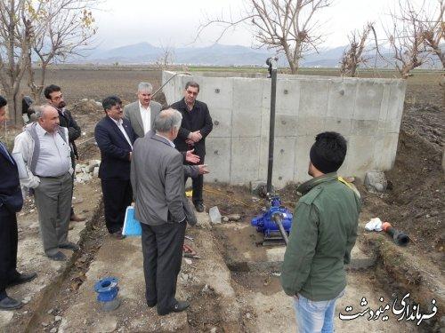 فرماندار مینودشت گفت : دولت به کشاورزانی که از آبیاری قطره ای و تحت فشار استفاده کنند کمک بلا عوض می کند