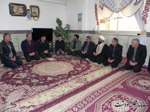 بازدید از 4 خانواده شهید به مناسبت هفته شهید