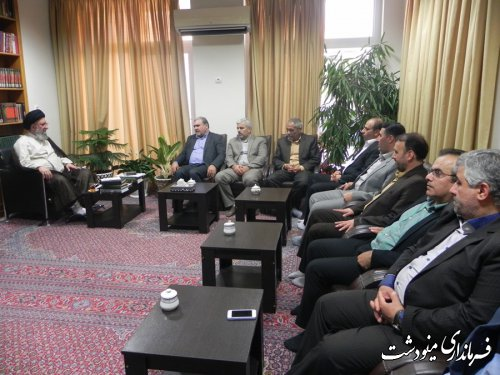 دیدار فرماندار و جمعی از مدیران اجرایی شهرستان مینودشت با آیت ا.. نورمفیدی