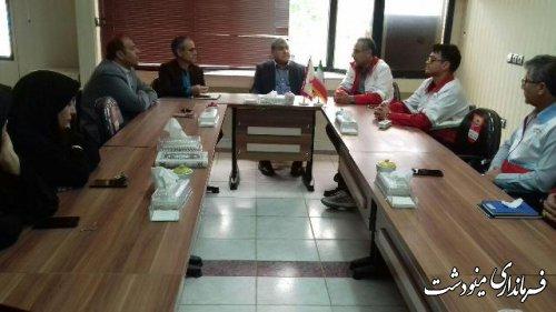 همزمان با گرامیداشت روز هلال احمر، سیدرضا طباطبایی فرماندار شهرستان مینودشت با رئیس و کارکنان جمعیت هلال احمر دیدار و گفتگو کردند