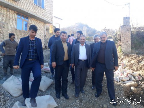 بازدید فرماندار مینودشت از پروژه بهسازی معابر روستای آرام نرو