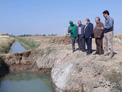 بازدید فرماندار از از پروژه های در حال احداث جهاد کشاورزی مینودشت