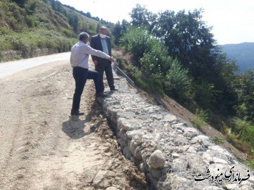 بازدید معاون فرمانداراز پروژه های عمرانی مربوط به سیل