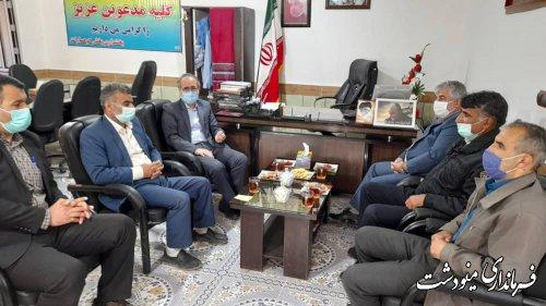 بازدید فرماندار از محل ثبت نام داوطلبان انتخابات شورای اسلامی روستاها در بخشداری کوهسارات