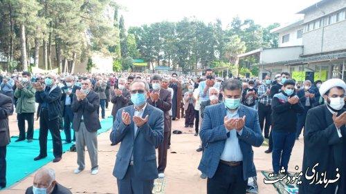 حضور فرماندار در نماز عید سعید فطر